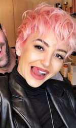 Giulia s-a vospit roz