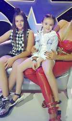 Rocsana Marcu şi fetitele ei