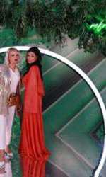 Ioana Ginghină alături de o amică