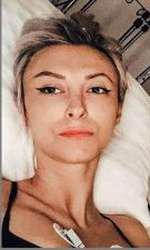 După aceea, Andreea a mai suferit două operații pentru îndepărtarea hematoamelor.