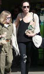 Cu ochelari, Vivienne îi seamănă și mai mult lui Brad Pitt.