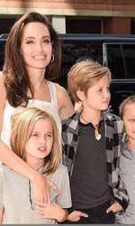 Angelina, Vivienne, Shiloh și Knox