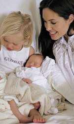 Angelina, Shiloh, Vivienne și Knox