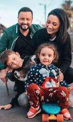 Andra și Cătălin Măruță, alături de copiii lor, Eva și David