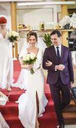 Cristina Ciobanașu îmbracă rochia de mireasă. Vlad Gherman poartă și el costumul de ginere