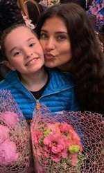 Antonia si Maya