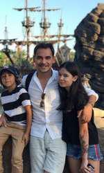 Răzvan Simion și cei doi copii