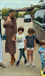 Anca Serea, Adi Sână și trei dintre copii