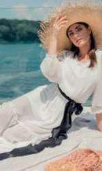 Rochie premium lungă, din voal alb, 299 lei