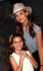 Katie și Suri, fiica ei și a lui Tom Cruise