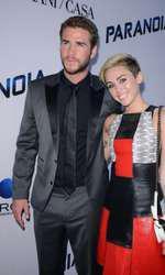 Miley Cyrus și Liam Hemsworth s-au căsătorit în luna decembrie și s-au despărțit 8 luni mai târziu.