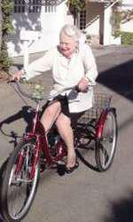Pe bicicletă la 103 ani!