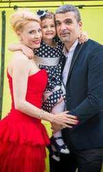 Aurelian Temişan şi Monica Davidescu au o fetiţă, Dora, care are 9 ani acum