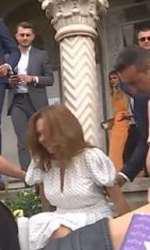 A cazut pe scari la botezul fetiței Elenei Udrea