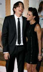 Demi Moore și Ashton Kutcher au fost căsătoriți 8 ani.