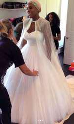 Serena Williams, la proba rochiei de mireasă