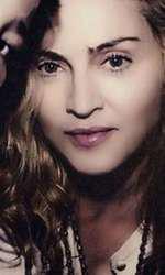 Madonna și fiul ei natural Rocco, provenit din căsătoria cu Guy Ritchie