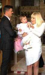 Primele imagini cu Elena Udrea, la botezul fiicei sale