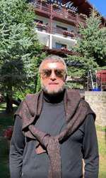 Cătălin Botezatu a fost operat de cancer