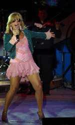 Loredana, în concert, în 2005, pe scena Festivalului Mamaia