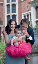 Dan Negru, soția sa și fiica lor, Dana, în 2010, pentru VIVA!