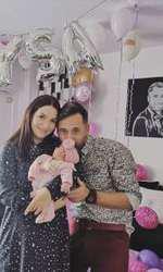 Deea Maxer și fetița ei