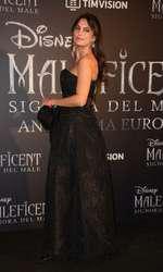 Catrinel Menghia (Marlon)