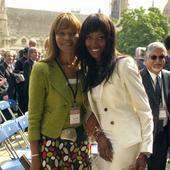 Naomi Campbell și mama sa în 2007