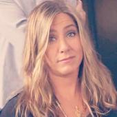 Jennifer Aniston nemachiata