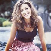 Jennifer Aniston tanara