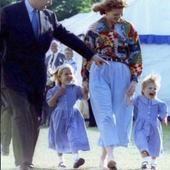 printesele Eugenie si Beatrice, pe vremea cand erau niste copile