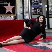 actrita Lynda Carter si steaua sa de pe Broadway