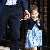 Prințesa Charlotte, prima zi de școală. Fetița lui Kate Middleton și a prințul William e adorabilă în uniformă