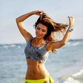 Carmen Bruma, la plaja