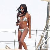 Naomi Campbell are 48 de ani