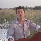 Gabriel Dorobanțu împlinește astăzi 66 de ani. Cum arată și ce mai face celebrul cântăreț