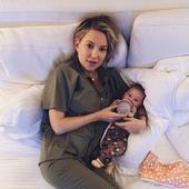 Kate Hudson si copilul ei