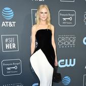 rochia neobisnuita purtata de Nicole Kidman