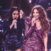 O româncă a făcut senzație pe covorul roșu la Miami, alături de Thalia, la premiile Lo Nuestro