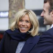 Brigitte Macron, cea mai frumoasă apariție de până acum. A atras toate privirile. Parcă a întinerit peste noapte