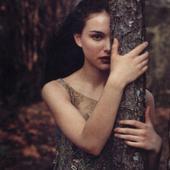 Actrita Natalie Portman e vegana de opt ani