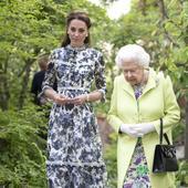 Regina i-a acordat lui Kate Middleton Marea Cruce a Ordinului Victorian Regal