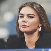 presedintele rus ar avea o relatie cu ea de mai multi ani