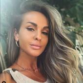 Diana Munteanu, intr-o fotografie in care sustine ca nu e machiata