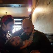 Alexandru Anghel, cu doua dintre fiicele sale