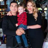 Valentina Pelinel, prima imagine cu cei trei copii. Gemenele Indira Maria și Rania Maria sunt adorabile