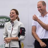 Reacția amuzantă a lui Kate Middleton după ce a pierdut o competiție nautică în fața soțului ei. Toți au izbucnit în hohote de râs