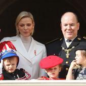 printul Jacques a fost imbracat in uniforma festiva