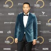 John Legend, numit cel mai sexy barbat anul acesta, e nascutr la 28 decembrie