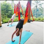 a facut inclusiv yoga in vacanta